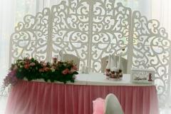 9-prezidium-rozovoe-oformlenie-classik-dekor-fotzon